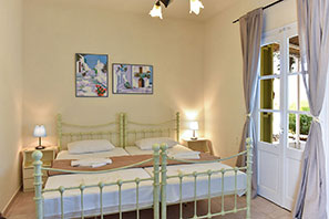 Room with special decoration in Platis Gialos in Sifnos